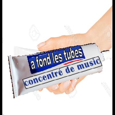 A FOND LES TUBES