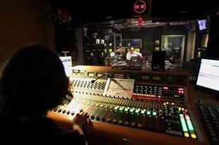 Web.Radio.Brie.77